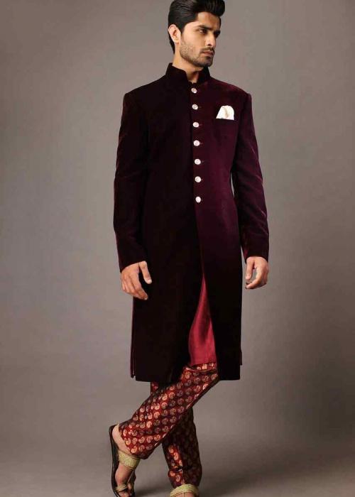 Groom-wedding-sherwani-designs-for-mehndi-15